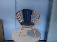 秋田木工の椅子